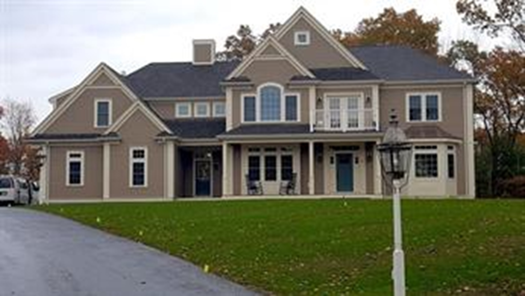 Single Family Home for Sale at Highland Park New Construction Elegant Designs Lot 22 Stoney Brook Road Hopkinton, Massachusetts 01748 United States