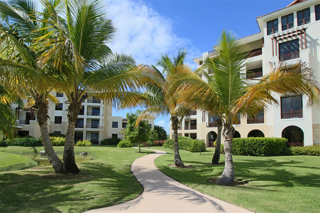 Additional photo for property listing at Residence 121 at 238 Candelero Drive 238 Candelero Drive, Apt 121 Solarea Beach Resort and Yacht Club Palmas Del Mar, Puerto Rico 00791 Porto Rico