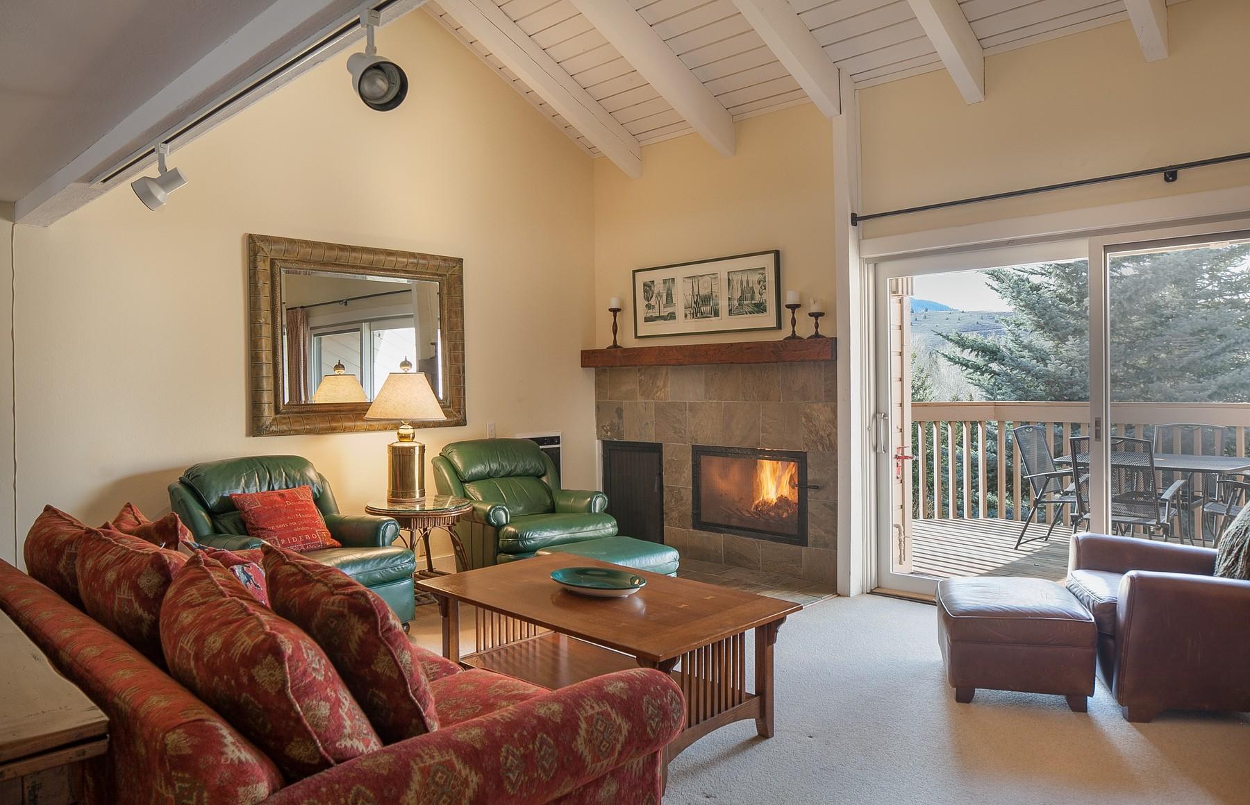 コンドミニアム のために 売買 アット Classic Sun Valley Condominium 1578 Snow Creek Condo Dr Sun Valley, アイダホ, 83353 アメリカ合衆国