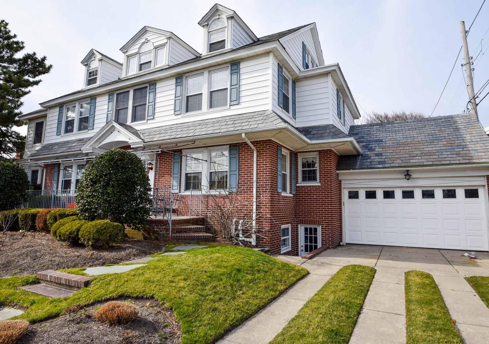 Single Family Home for Sale at 8807 Atlantic Avenue Margate, New Jersey 08402 United States