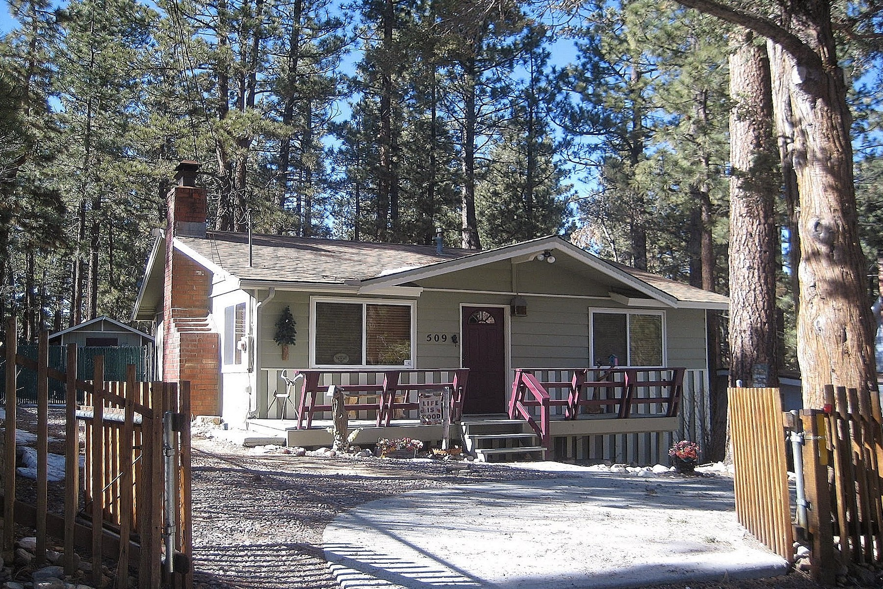 Single Family Home for Sale at Big Bear 509 Beaumont Lane Big Bear City, California 92314 United States