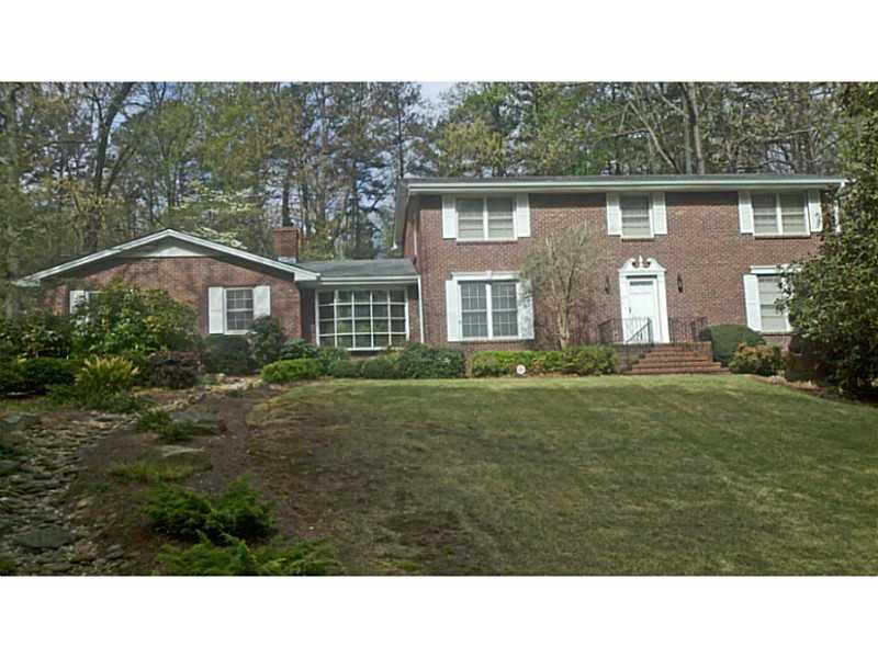 Single Family Home for Rent at Meticulous Brick Traditional 3321 Elm Creek Drive Marietta, Georgia 30064 United States