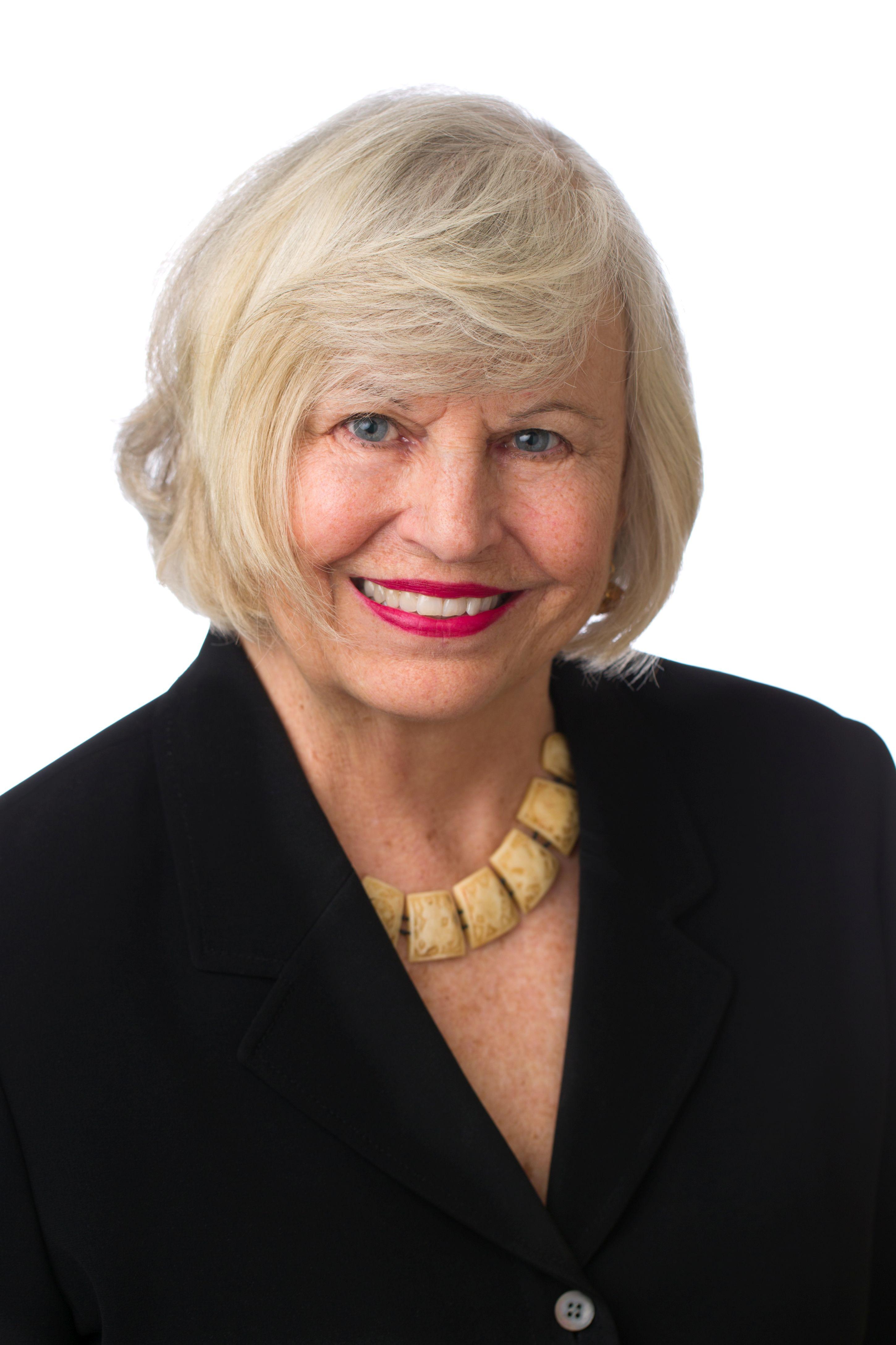 Joyce Gomoljak