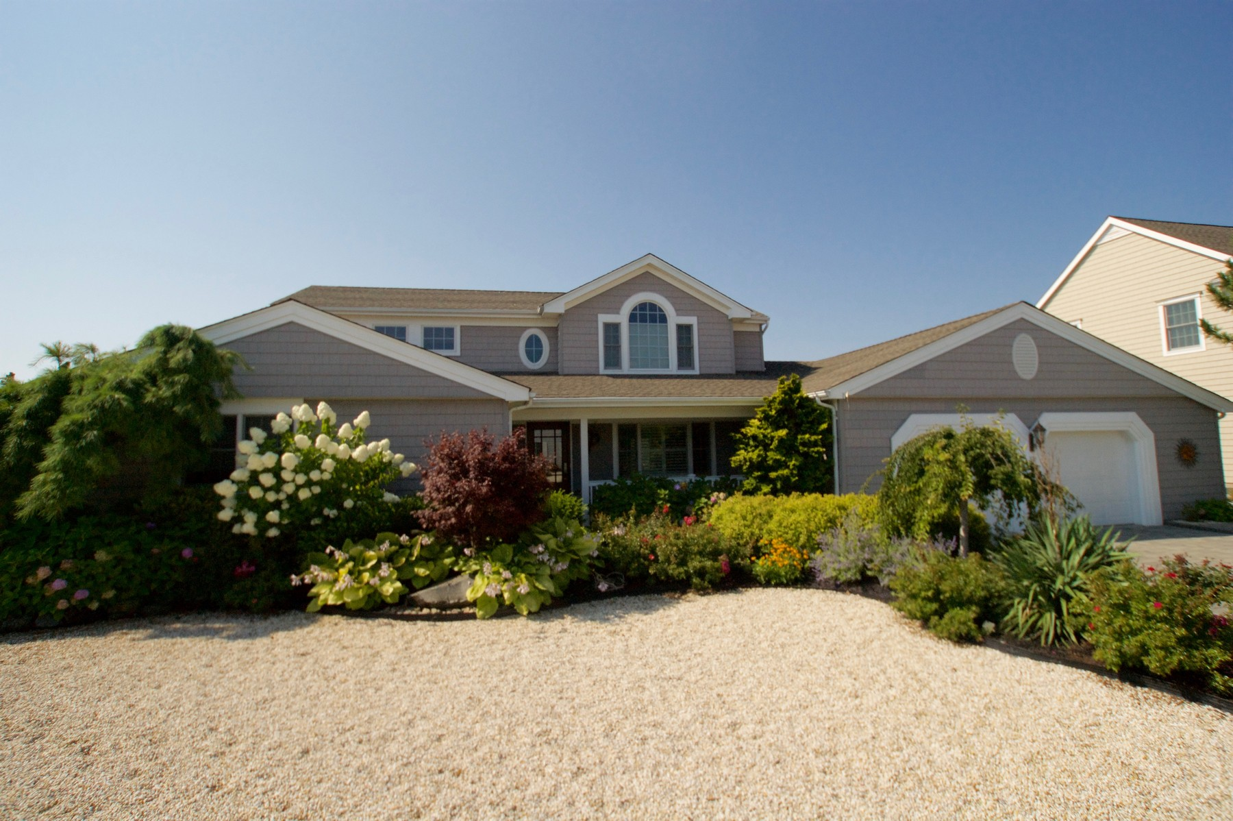 Maison unifamiliale pour l Vente à Located On Open Ended Lagoon With Quick Access To Open Bay 309 Brigantine Lane, Mantoloking, New Jersey 08738 États-Unis