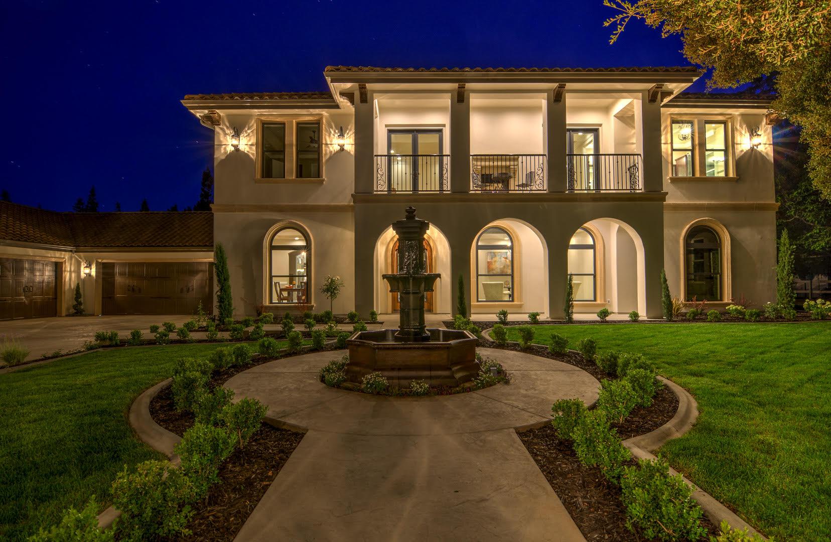 Maison unifamiliale pour l Vente à 1111 Mariemont Ave, Sacramento, CA 95864 Sacramento, Californie 95864 États-Unis