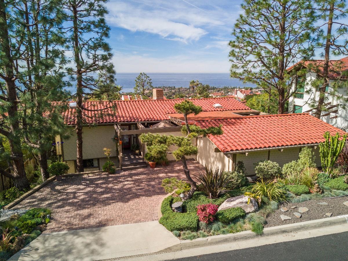 sales property at 1315 Via Zumaya, Palos Verdes Estates