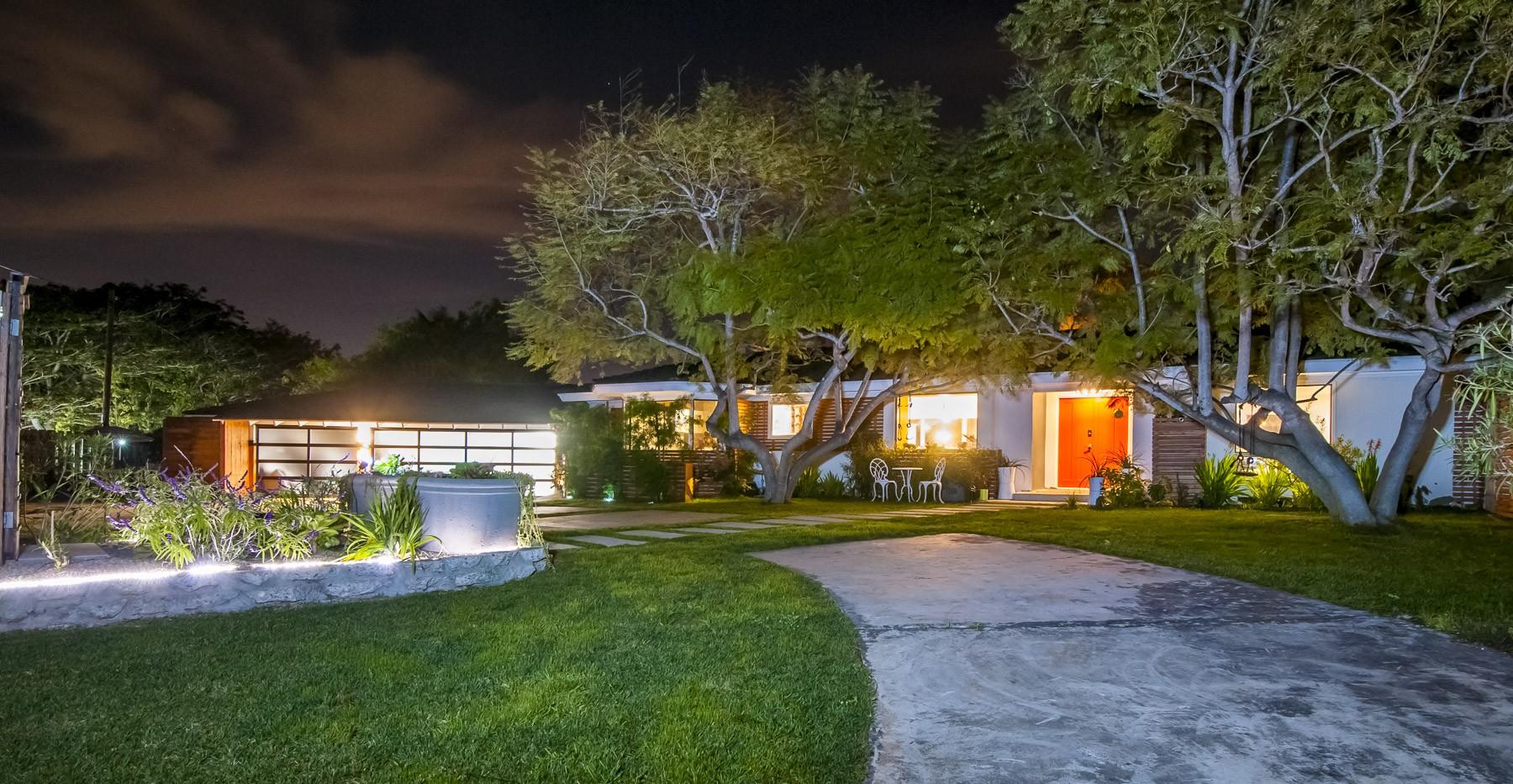 Additional photo for property listing at 8031 La Jolla Scenic  La Jolla, California 92037 United States