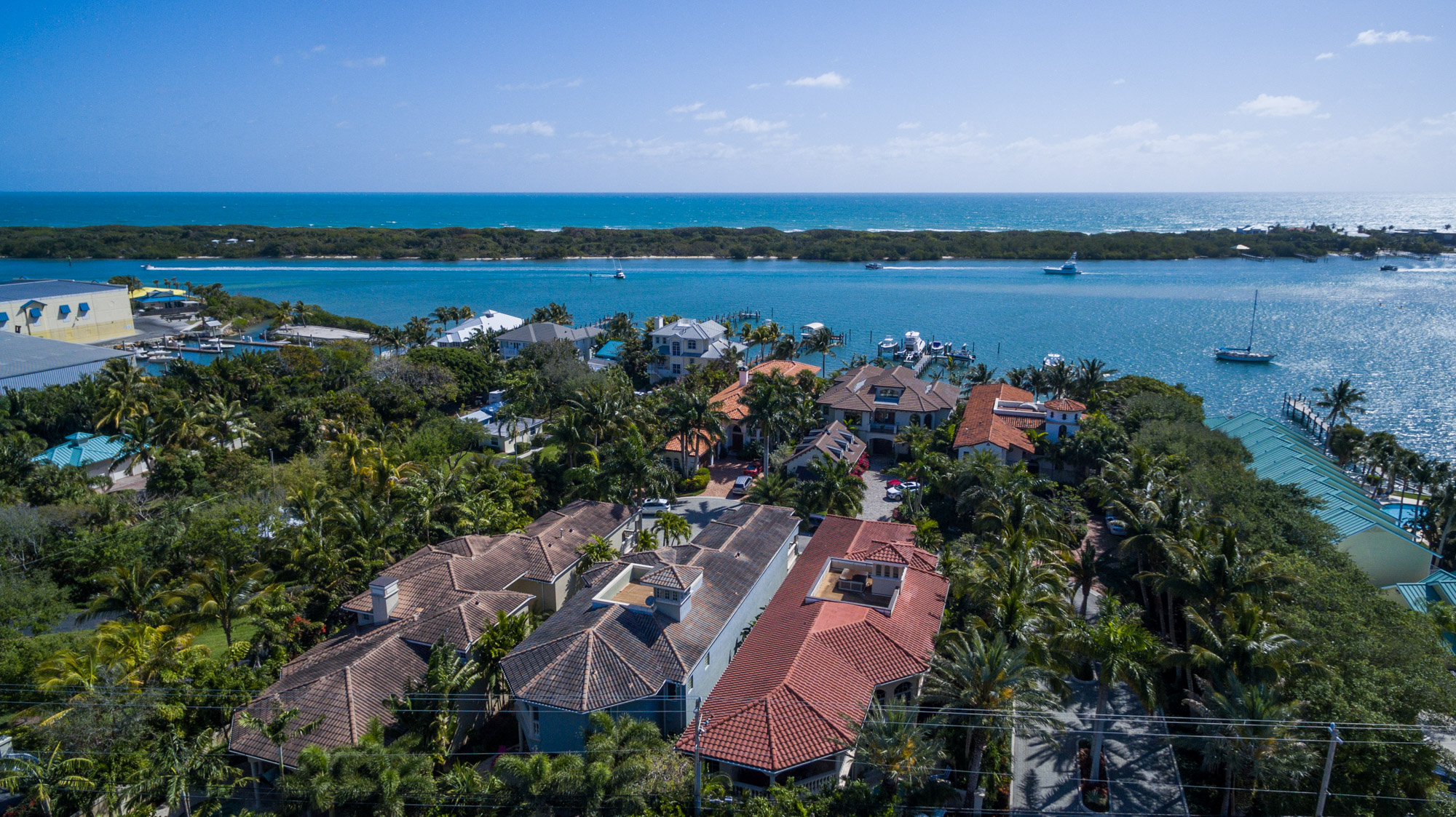 Casa para uma família para Venda às 18898 SE Jupiter Inlet Way Tequesta, Florida, 33469 Estados Unidos