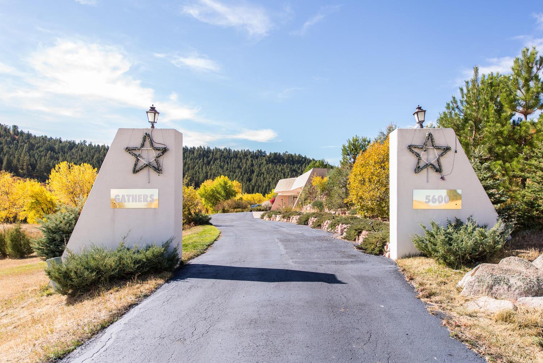 独户住宅 为 销售 在 5600 E State Highway 86 Franktown, 科罗拉多州, 80116 美国