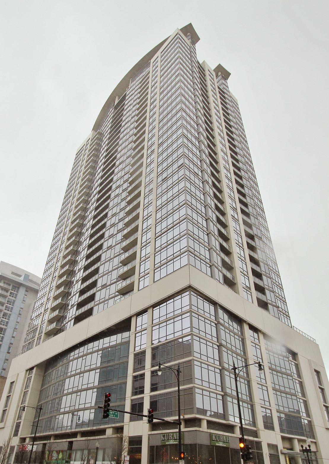 Condominium for Rent at Luxury South East Corner Three Bed 100 E 14th Street Unit 2805 Chicago, Illinois 60605 United States