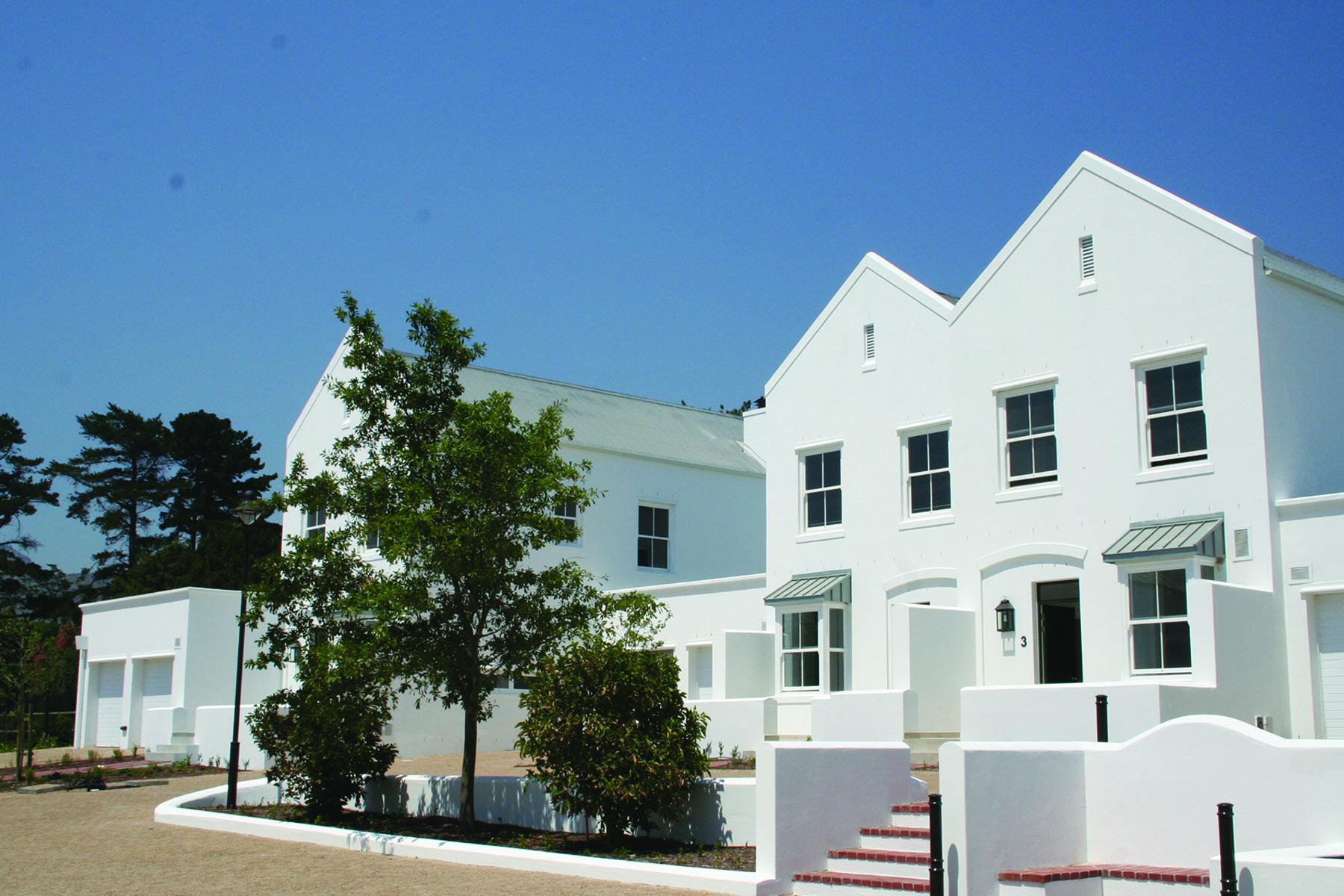 Nhà ở một gia đình vì Bán tại New court Cape Town, Western Cape, 7945 Nam Mỹ