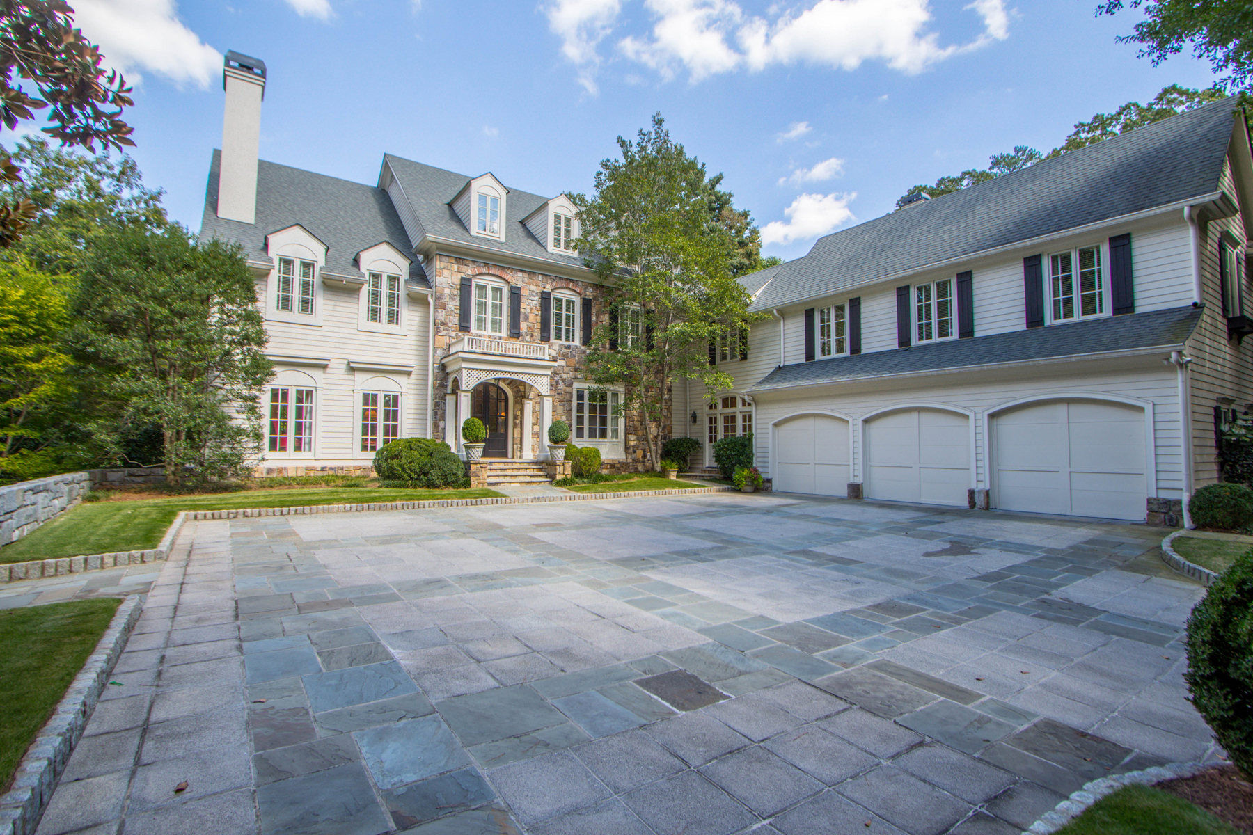 sales property at Beautiful And Well Planned Home