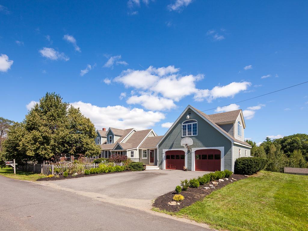 Villa per Vendita alle ore 73 Stan Cilley Road Lincolnville, Maine, 04849 Stati Uniti