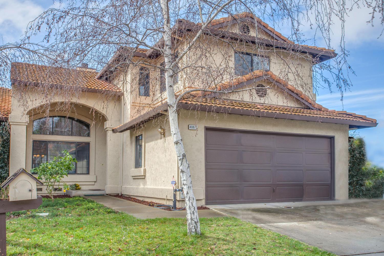 Частный односемейный дом для того Продажа на Shadow Brooke 40871 Marty Terrace Fremont, Калифорния 94539 Соединенные Штаты