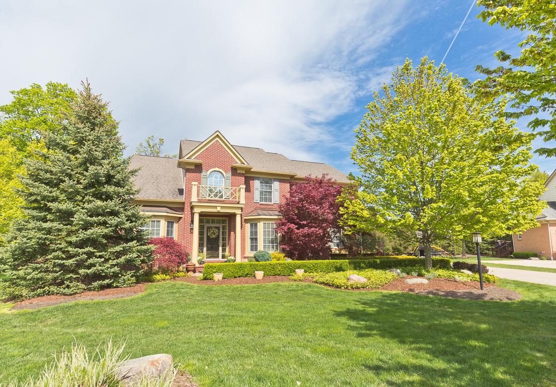 独户住宅 为 销售 在 Novi 43432 McLean Court Novi, 密歇根州, 48375 美国