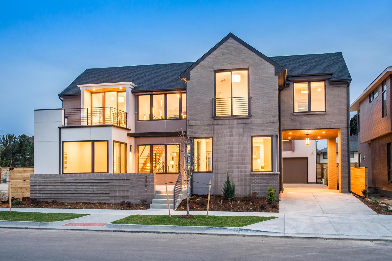 Casa Unifamiliar por un Venta en Spectacular New Modern Home in Lowry Boulevard 1 6906 E Archer Place Denver, Colorado, 80230 Estados Unidos