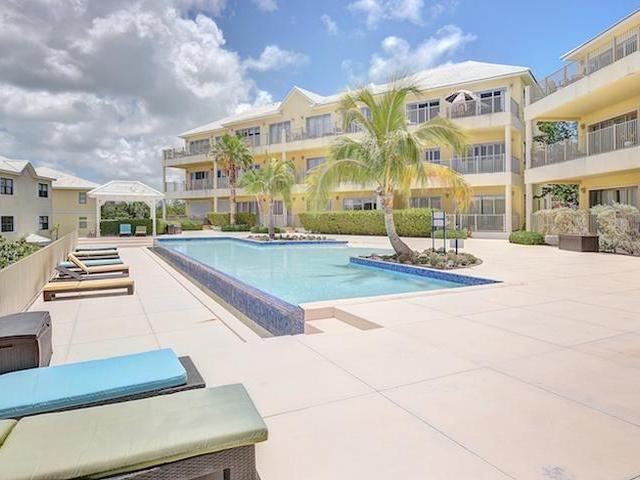 Wohnung für Verkauf beim Columbus Cove Beachfront Apartment Columbus Cove, Love Beach, New Providence/Nassau Bahamas