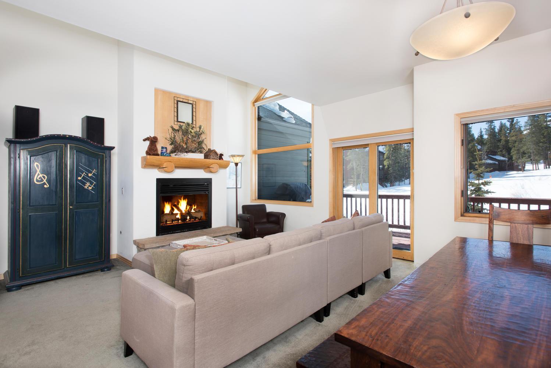 타운하우스 용 매매 에 Ski-in/Ski-out with the best views! 89 Tall Pines Drive Breckenridge, 콜로라도, 80424 미국