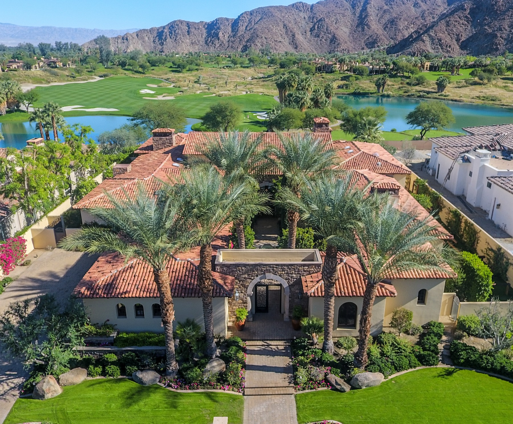 Single Family Home for Sale at 52530 Del Gato Drive La Quinta, California 92253 United States