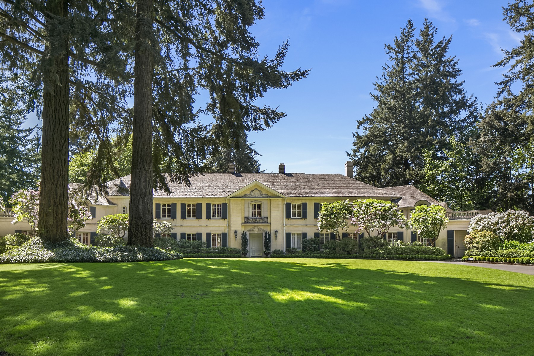 Single Family Home for Sale at Chapel Lane Estate 166 Boundary Lane NW The Highlands, Seattle, Washington, 98177 United States