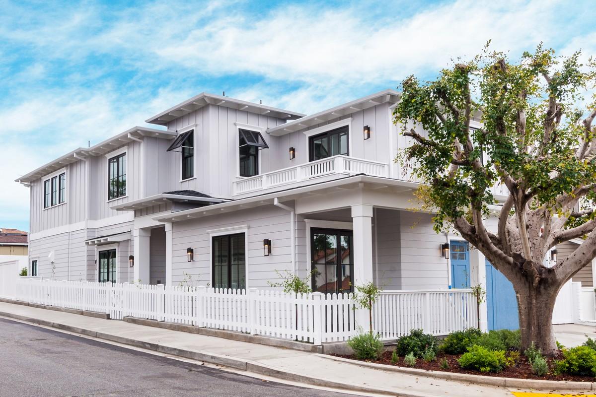 Villa per Vendita alle ore 2622 Maple Ave Manhattan Beach, California, 90266 Stati Uniti