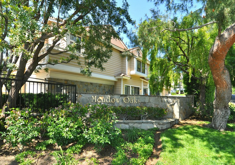 Single Family Home for Sale at 5715 Starwood Court Westlake Village, California, 91362 United States