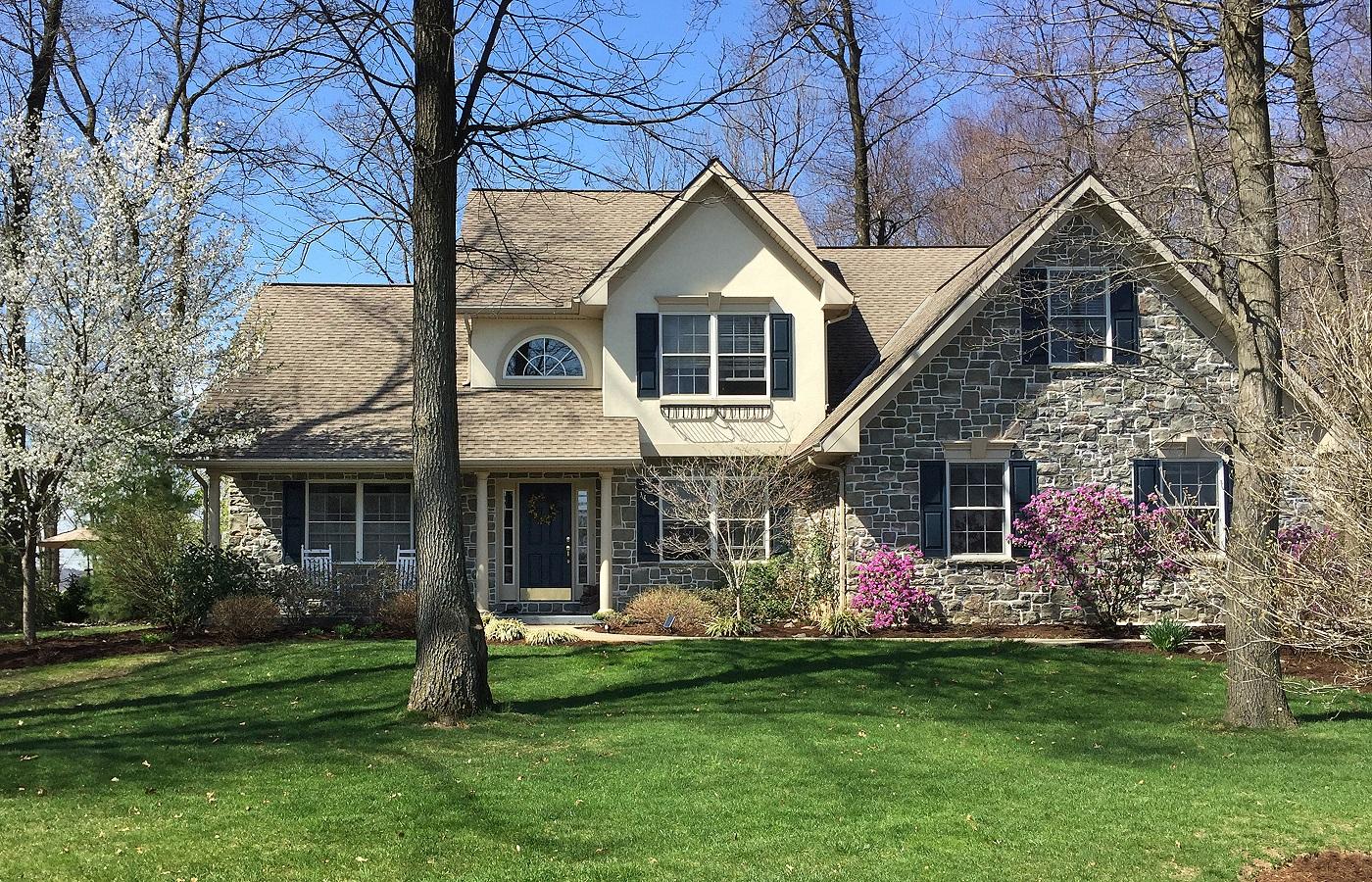 Частный односемейный дом для того Продажа на 100 Fairway Circle Lebanon, Пенсильвания 17042 Соединенные Штаты