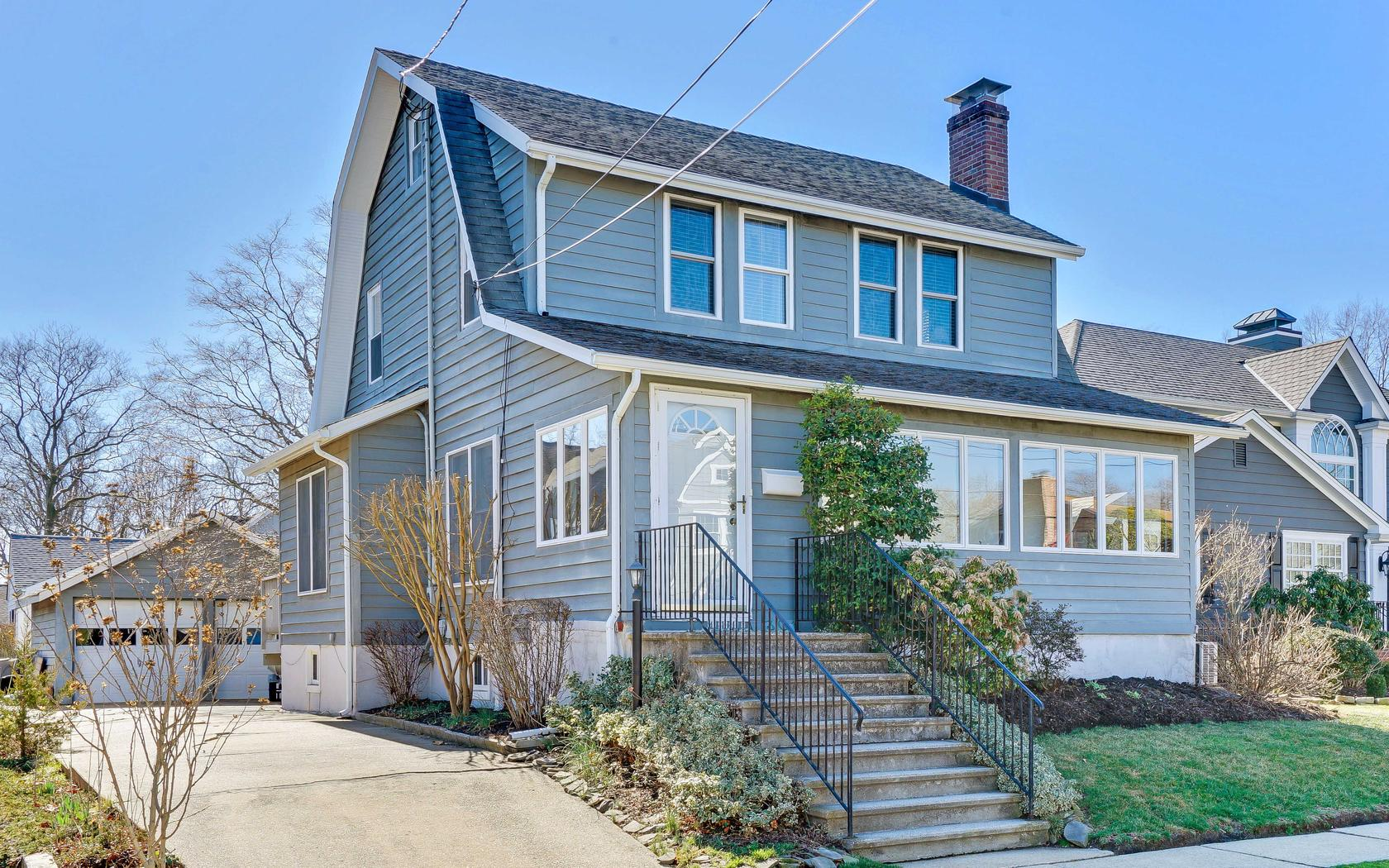 Single Family Home for Sale at Stunning Manasquan Colonial 301 Euclid Avenue Manasquan, New Jersey 08736 United States