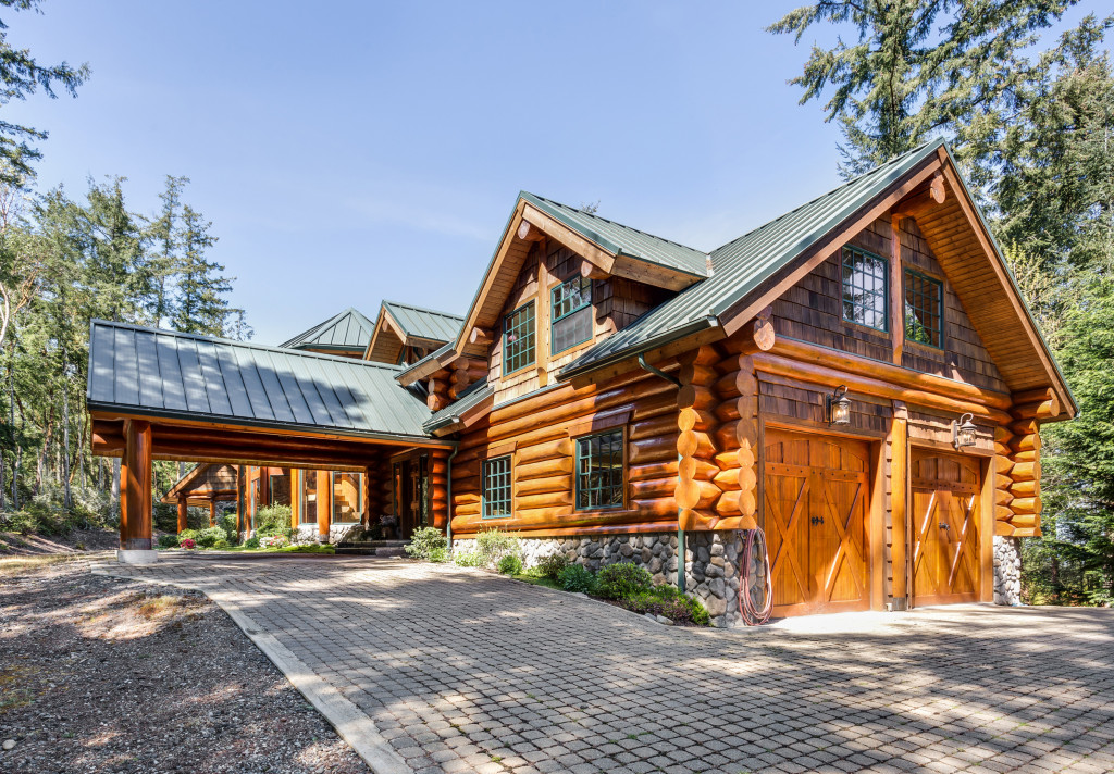 Single Family Home for Sale at Custom Fox Island Lodge 1356 14th Ave Fox Island, Washington 98333 United States