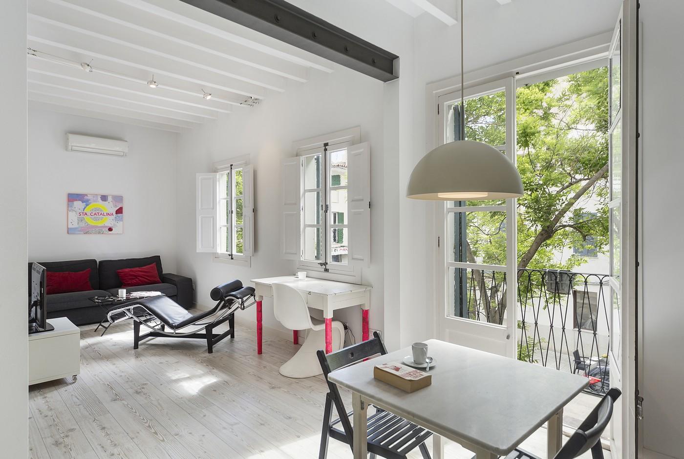 Maison unifamiliale pour l Vente à Light Studio Apartment for sale in Santa Catalina Palma De Mallorca, Balearic Islands, Espagne