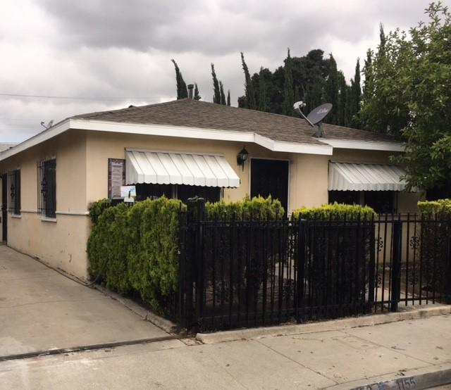 дуплекс для того Продажа на 1153 Wilkins Avenue Los Angeles, Калифорния, 90023 Соединенные Штаты