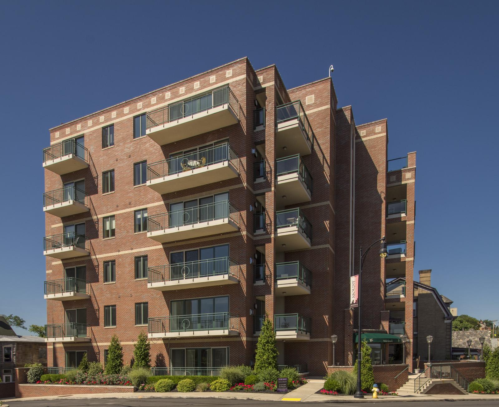 Condominium for Sale at Vista Grande 501 Grandview Unit 2001 Pittsburgh, Pennsylvania 15211 United States