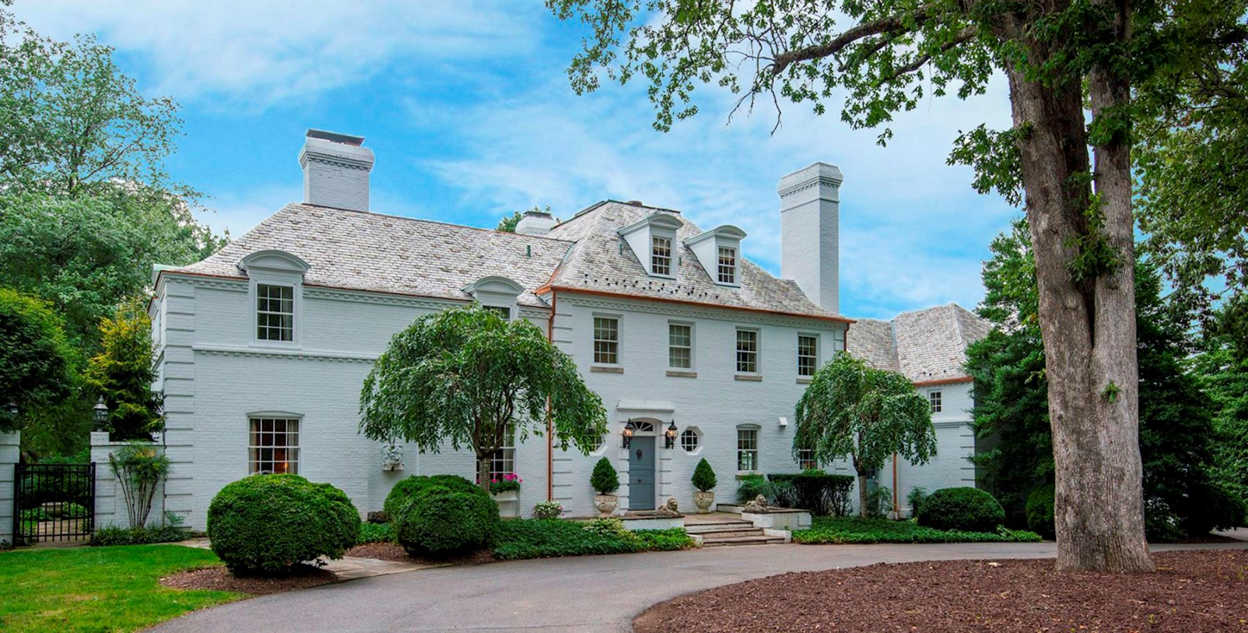 独户住宅 为 销售 在 9325 Belle Terre Way, Potomac 波托马克, 马里兰州, 20854 美国