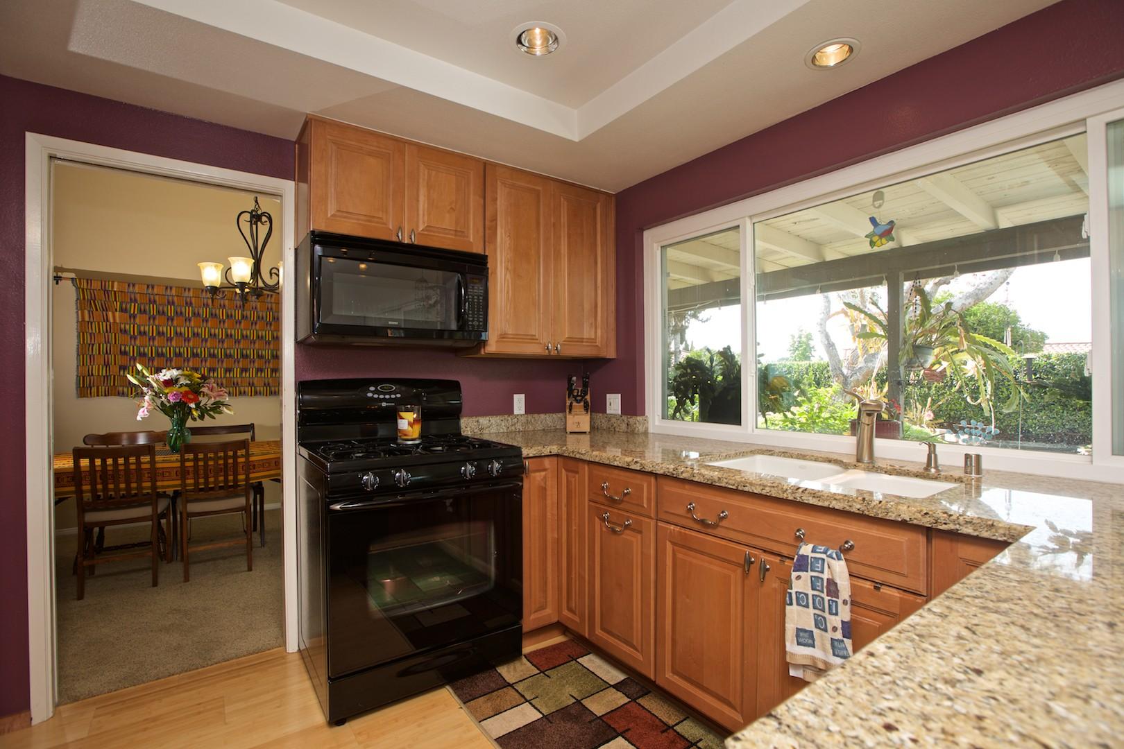 Maison unifamiliale pour l Vente à 12630 Opimo Drive San Diego, Californie, 92128 États-Unis