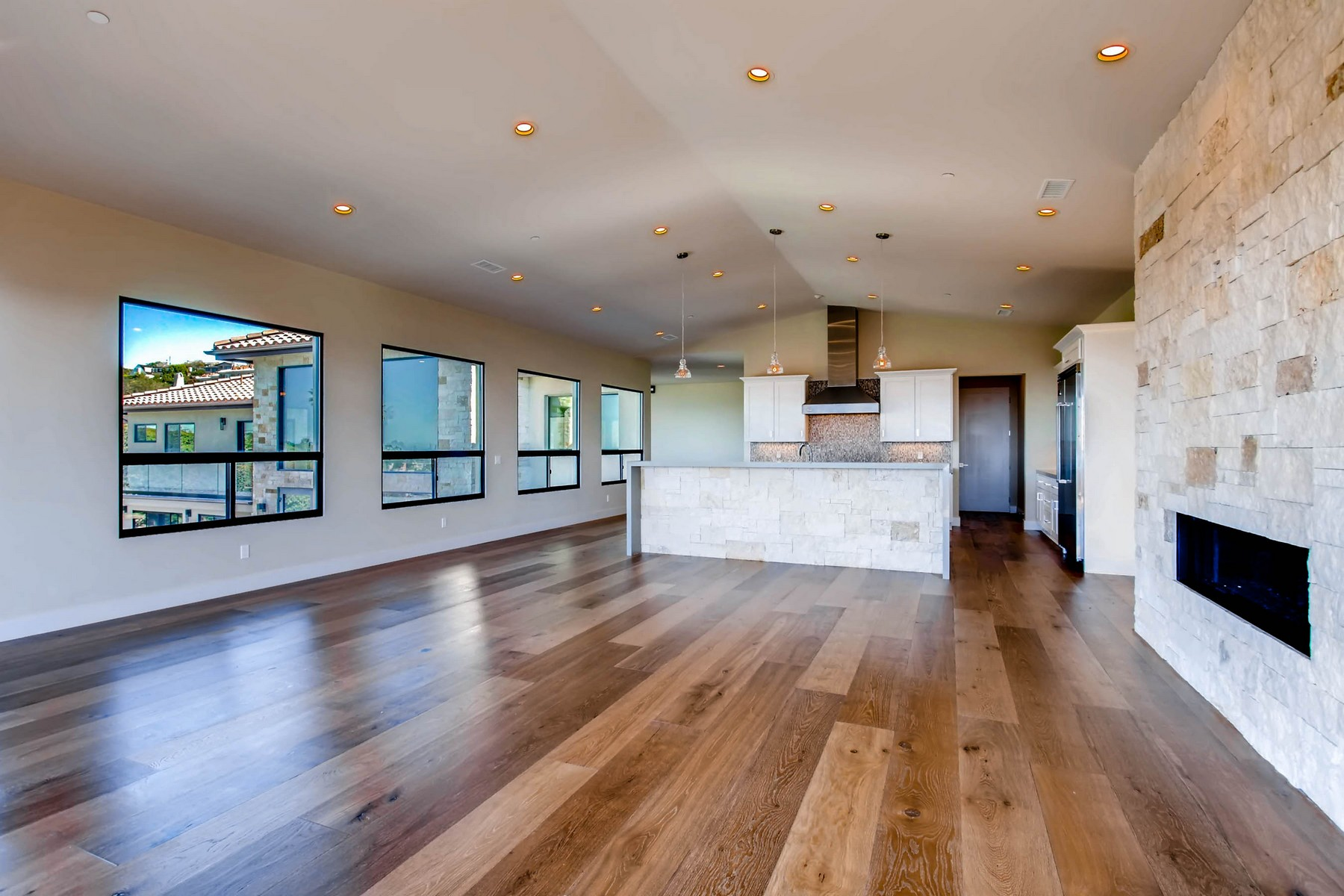 Additional photo for property listing at 1222 Muirlands Vista Way  La Jolla, California 92037 United States