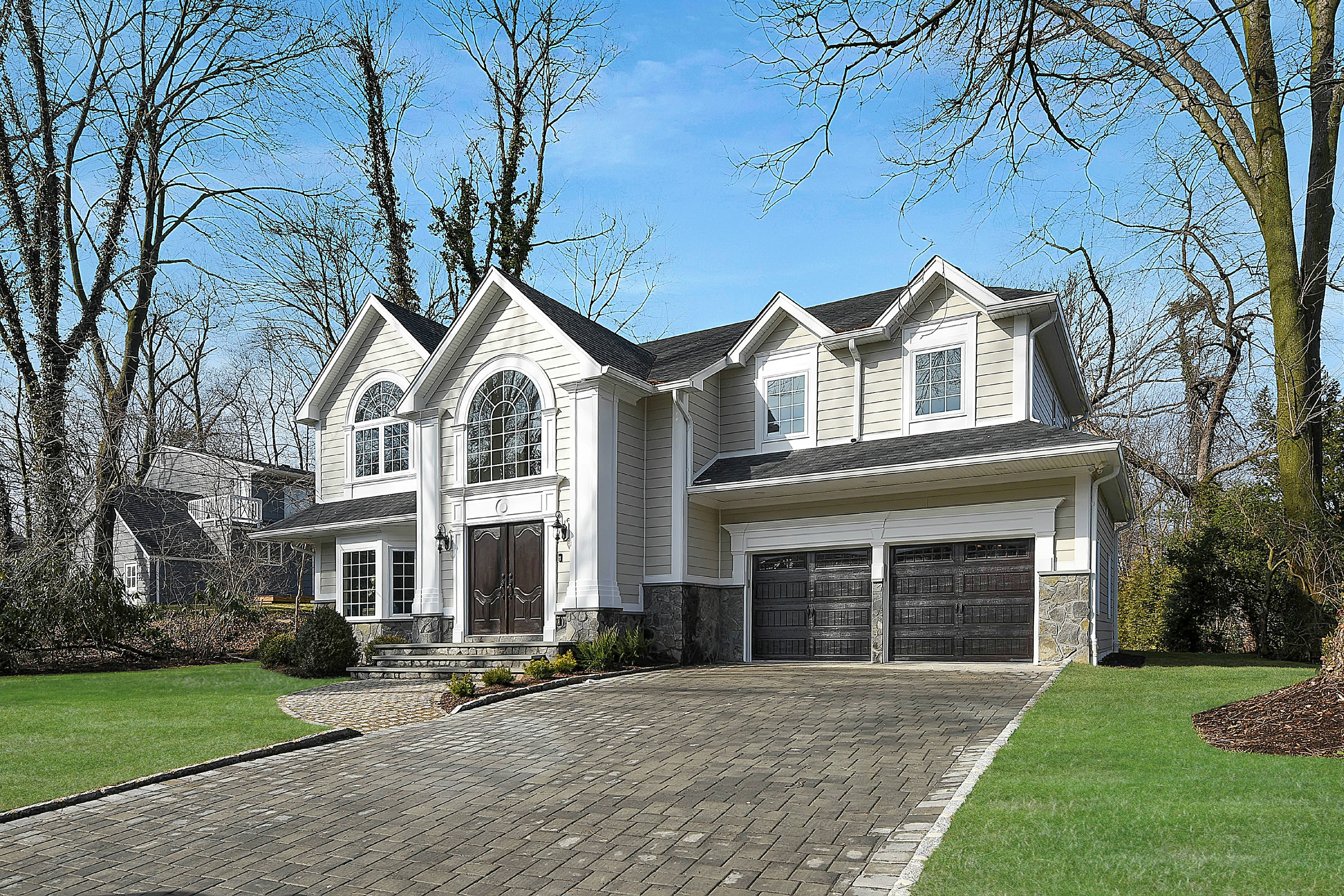 Maison unifamiliale pour l Vente à New Construction in Tenafly 7 Knoll Road Tenafly, New Jersey 07670 États-Unis