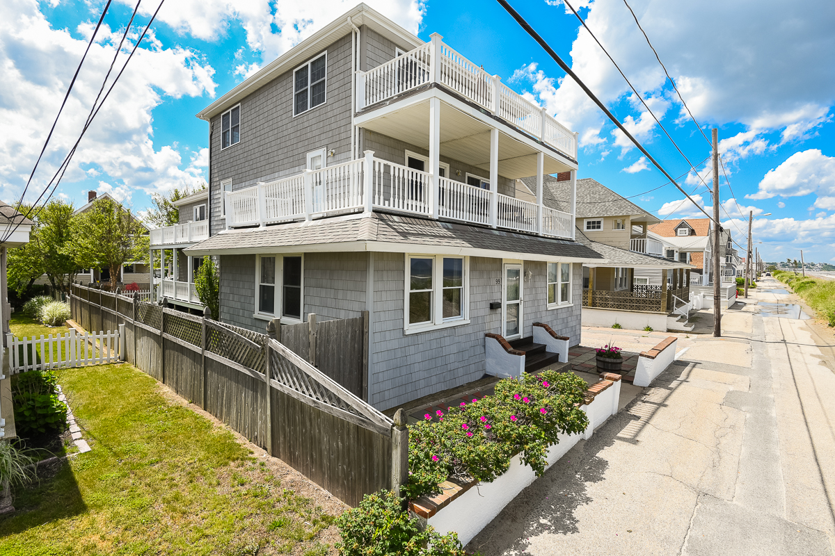Single Family Home for Sale at Stunning Beach Views 99 Beach Ave. Hull, 02045 United States