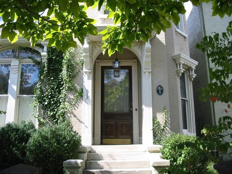 Single Family Home for Sale at 517 S. Mill Street Lexington, Kentucky 40508 United States