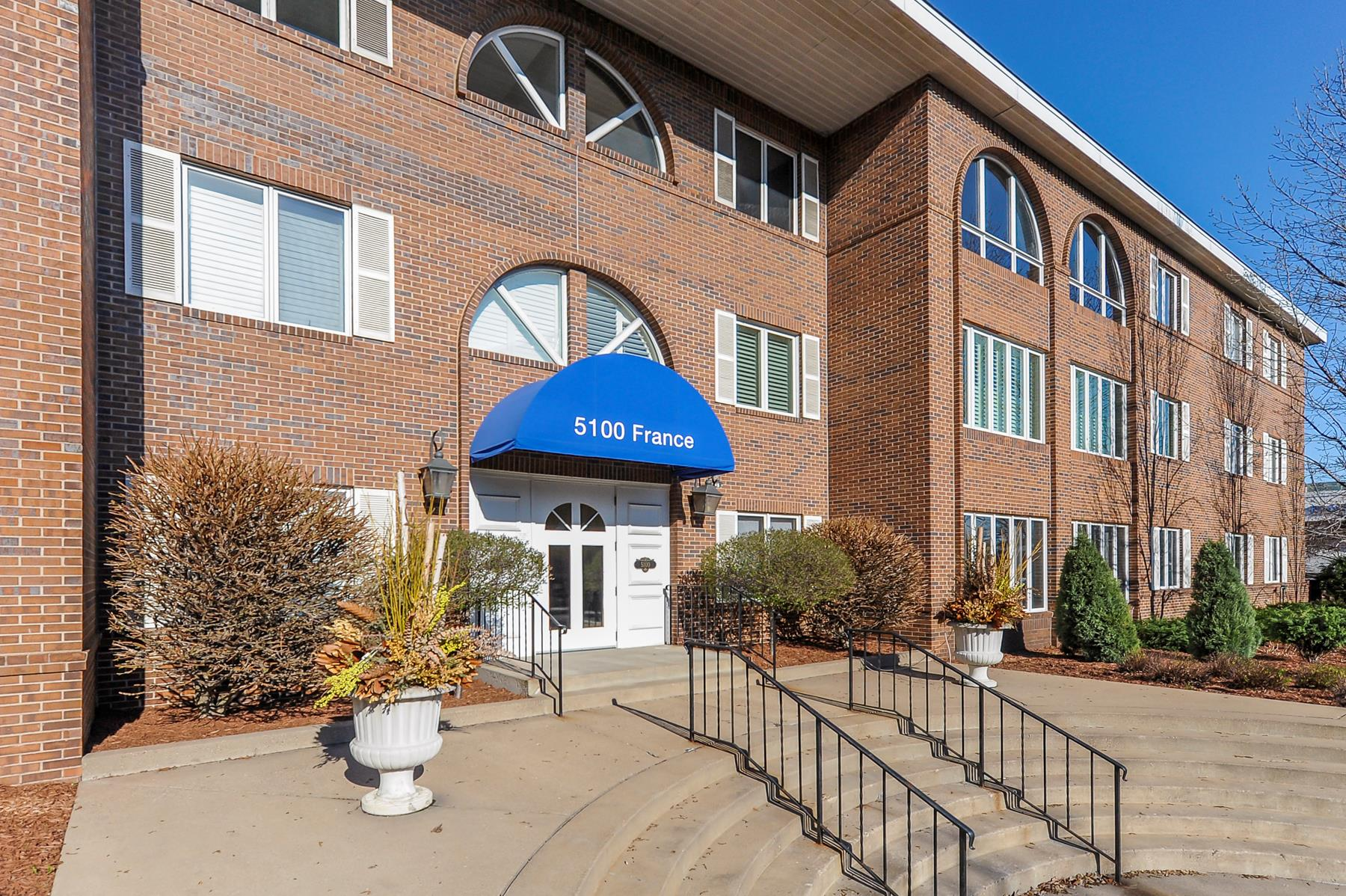 Condominium for Sale at 5100 France Avenue S #305 Edina, Minnesota, 55410 United States