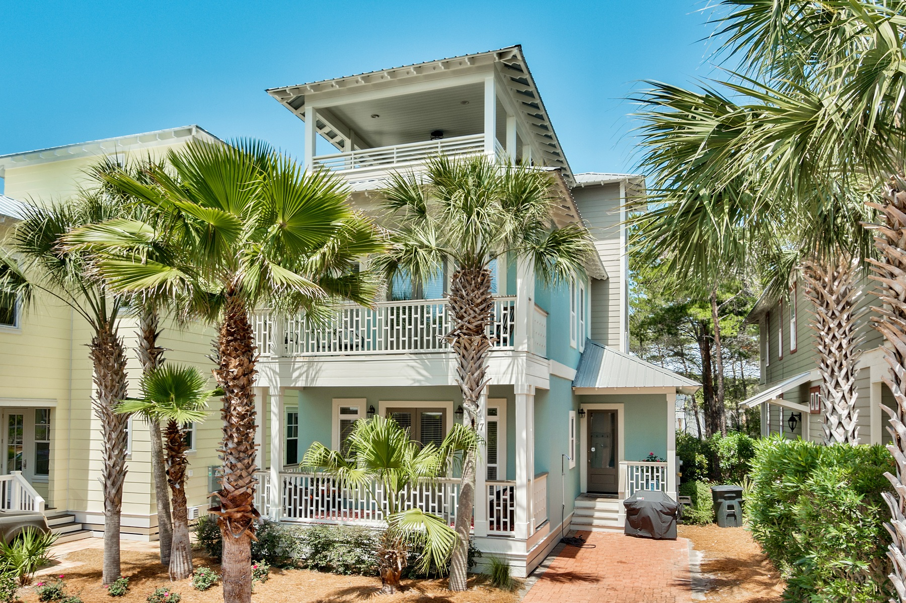 Maison unifamiliale pour l Vente à AMAZING LOCATION WITH GREAT RENTAL POTENTIAL AND LUXURY AMENITIES 17 Sand Shovel Lane Inlet Beach, Florida, 32461 États-Unis