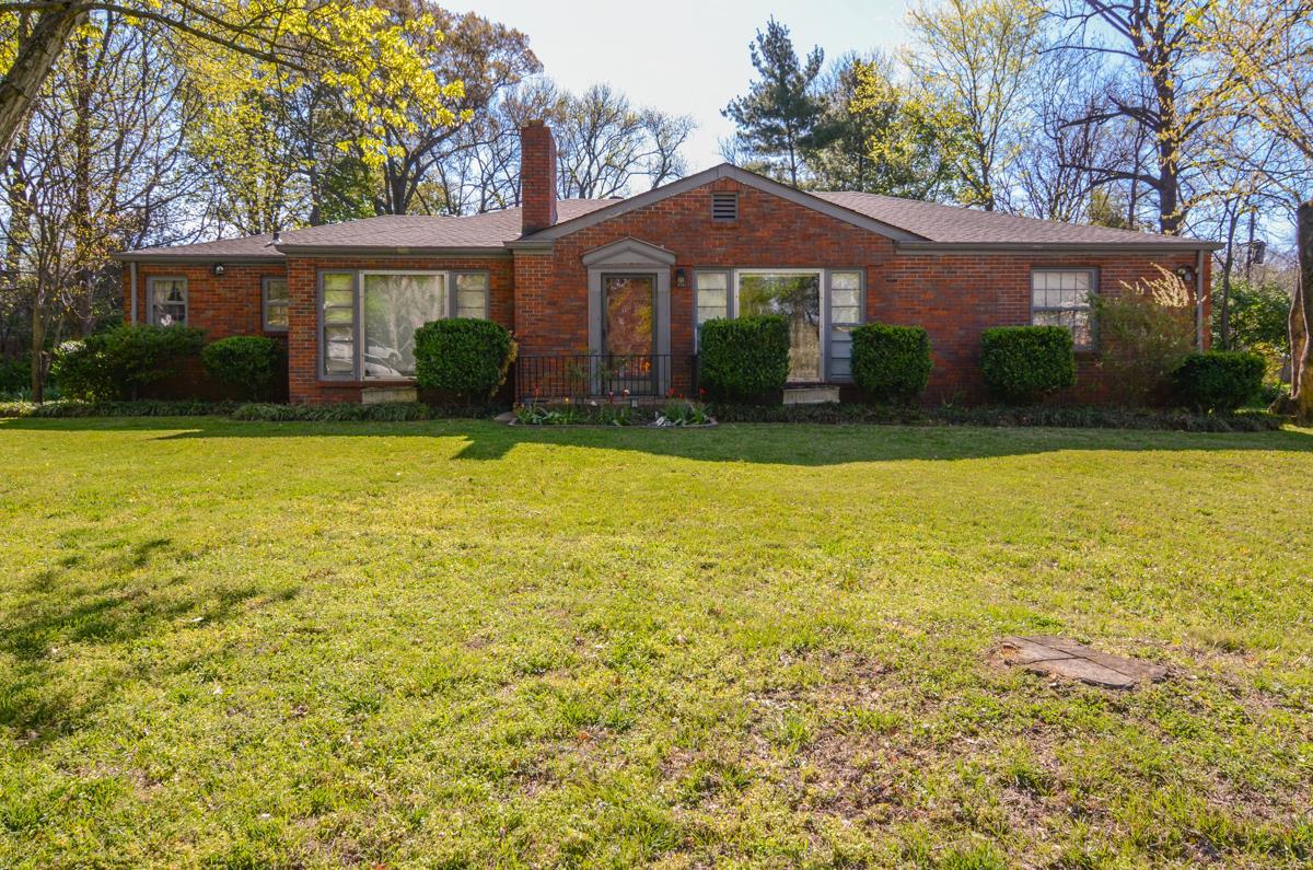 Einfamilienhaus für Verkauf beim Lovingly Maintained Duplex 4300 Dale Ave Nashville, Tennessee, 37215 Vereinigte Staaten