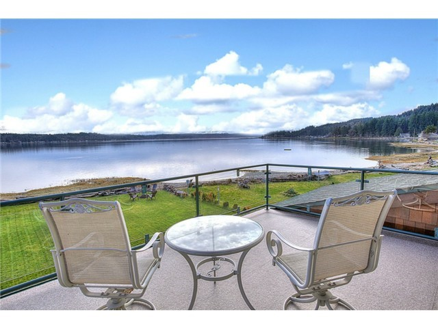 Vivienda unifamiliar por un Venta en The Lodge on Hood Canal 170 Dulalip Landing Belfair, Washington 98528 Estados Unidos
