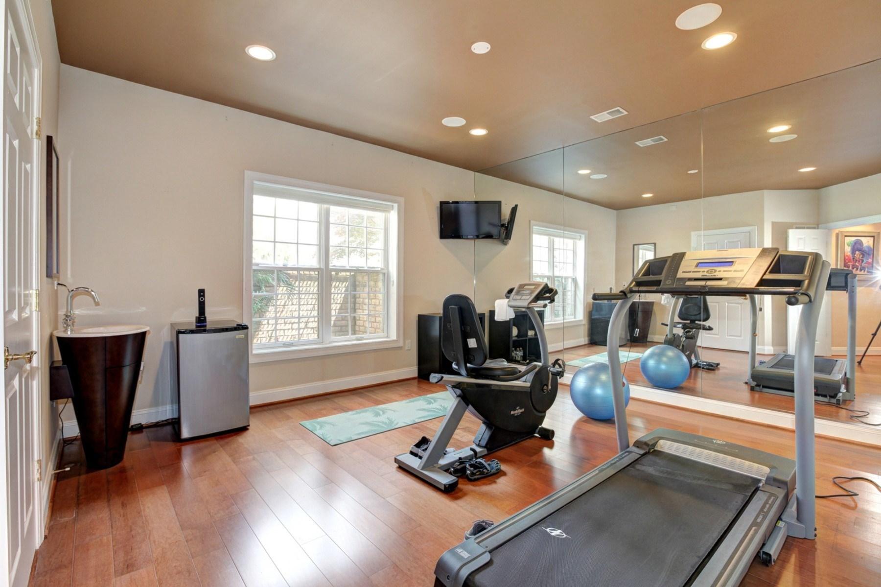 Additional photo for property listing at 15325 Masonwood Drive, Darnestown  Darnestown, Maryland 20878 United States