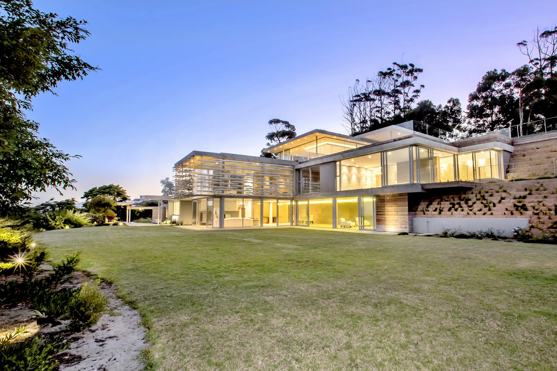 Casa Multifamiliar por un Venta en Constantia Cape Town, Provincia Occidental Del Cabo, 7806 Sudáfrica
