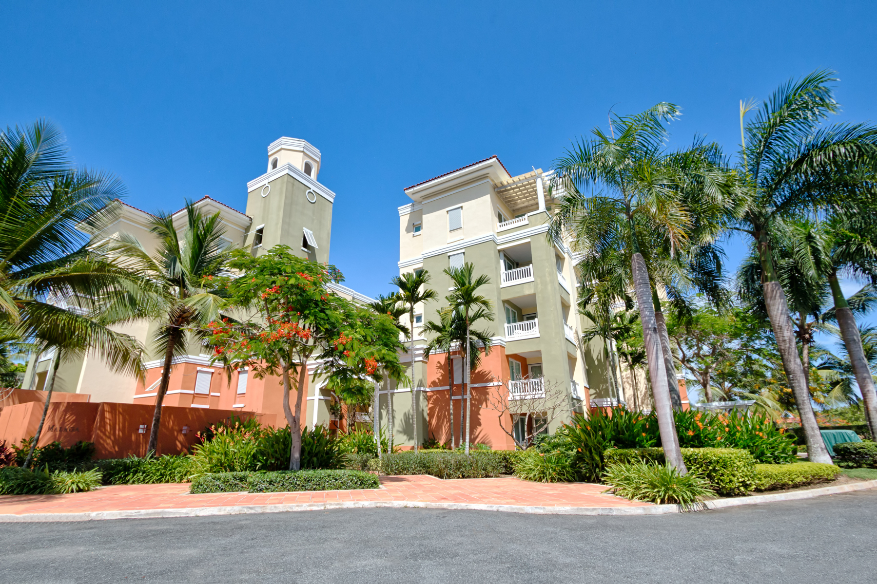 Additional photo for property listing at 4th Floor Ocean Views at Marbella Club 100 Ocean Drive, Apt 141 Palmas Del Mar, Puerto Rico 00791 プエルトリコ