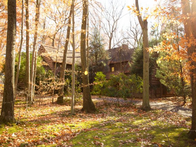 Single Family Home for Sale at Secluded 20 Rock Ledge Rd, Saddle River, New Jersey, 07458 United States