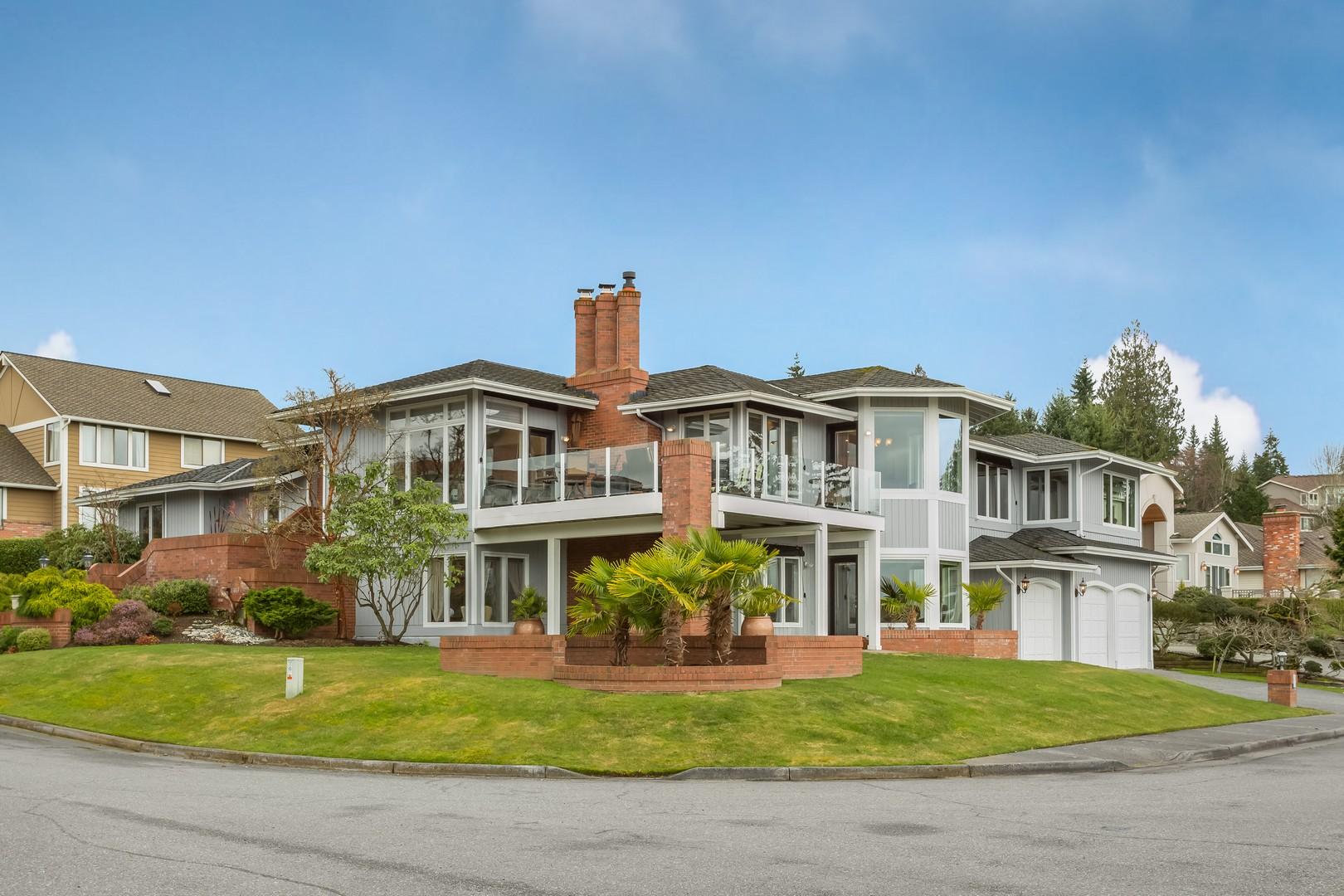 Частный односемейный дом для того Продажа на 13813 68th Ave W Edmonds, Вашингтон 98026 Соединенные Штаты