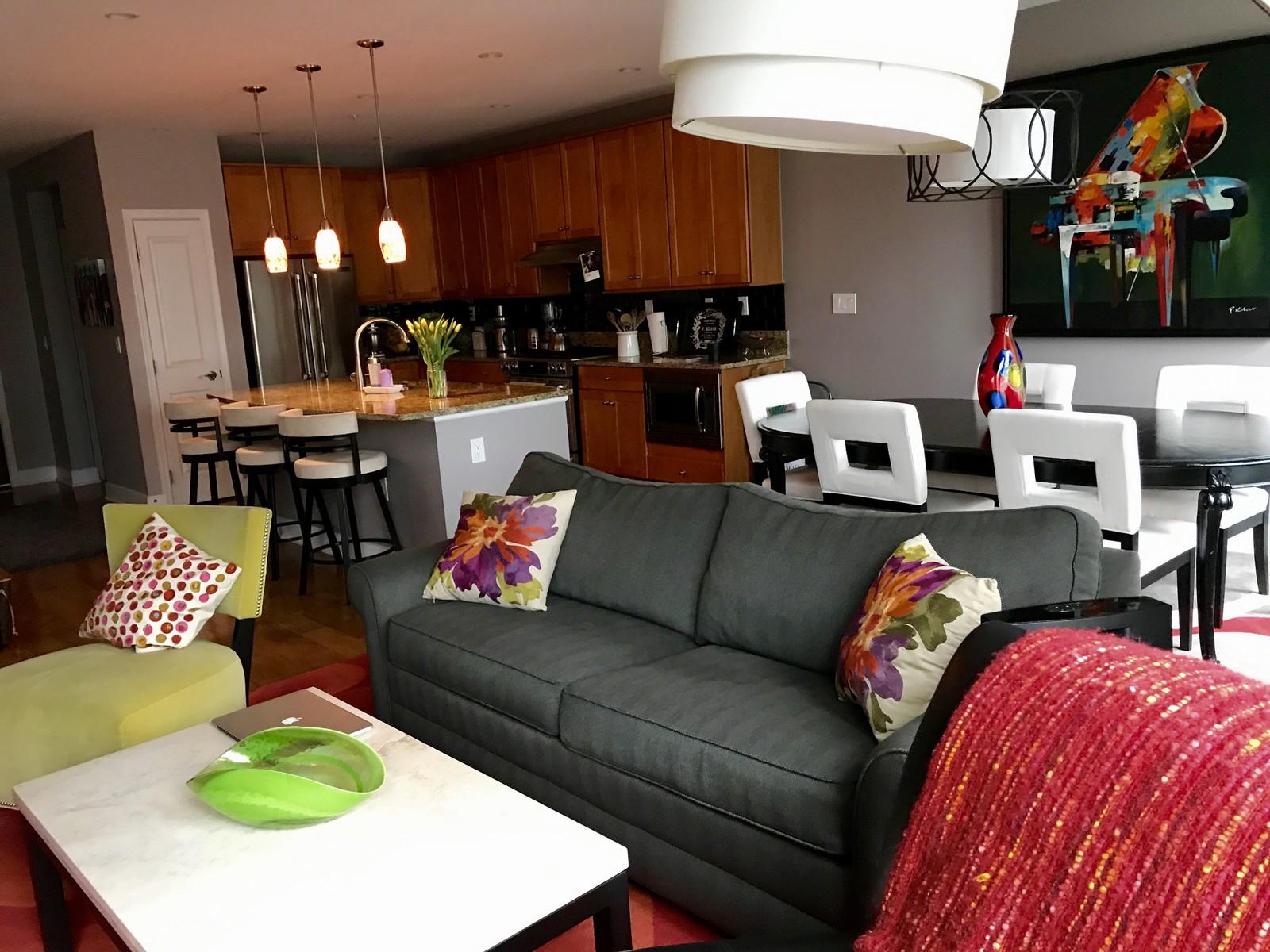 Appartement en copropriété pour l à louer à 1418 Rhodes Street N B404, Arlington Arlington, Virginia 22209 États-Unis