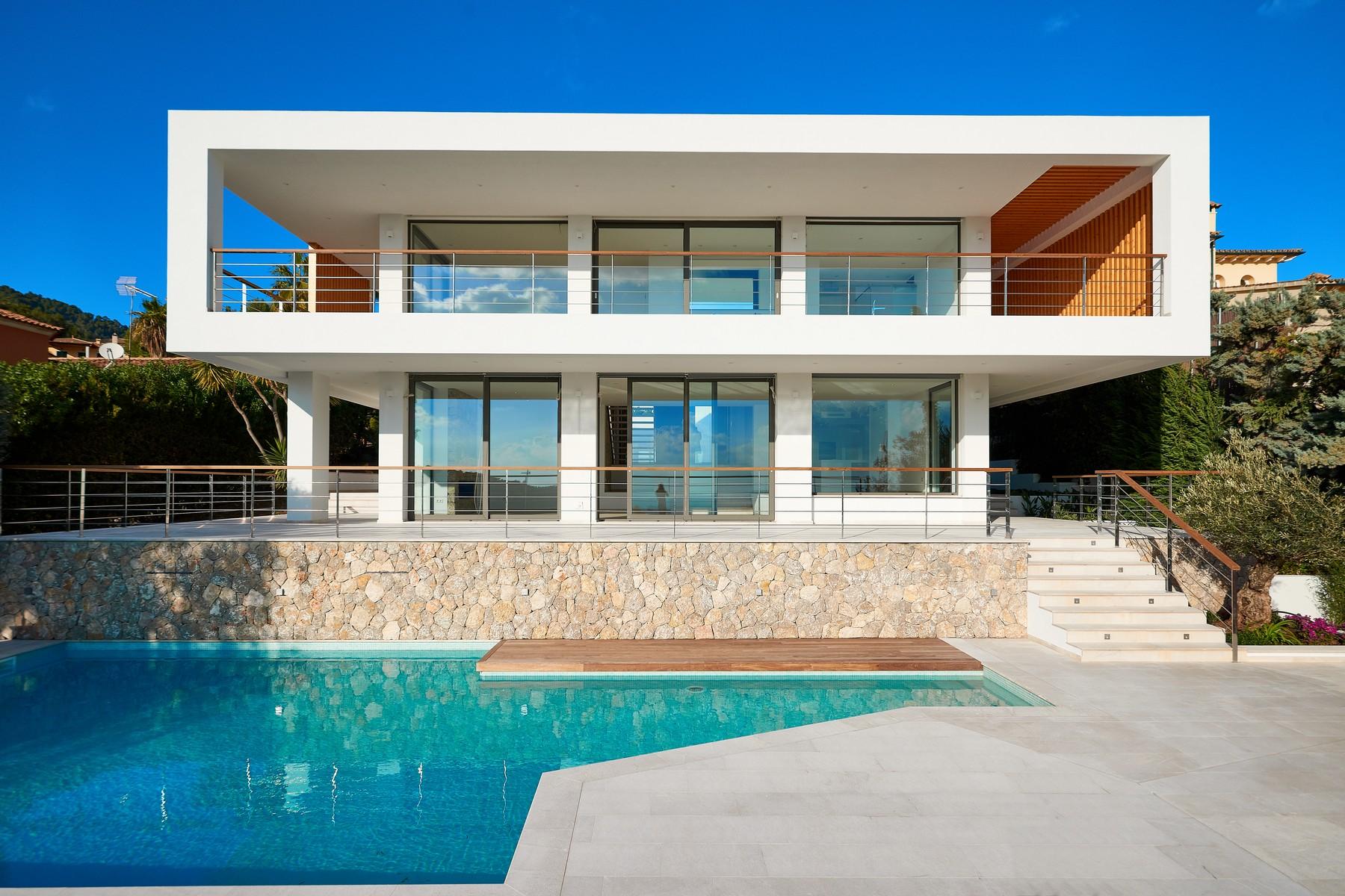 獨棟家庭住宅 為 出售 在 Luxury villa with sea views in Bendinat Golf Bendinat, 馬婁卡, 07181 西班牙