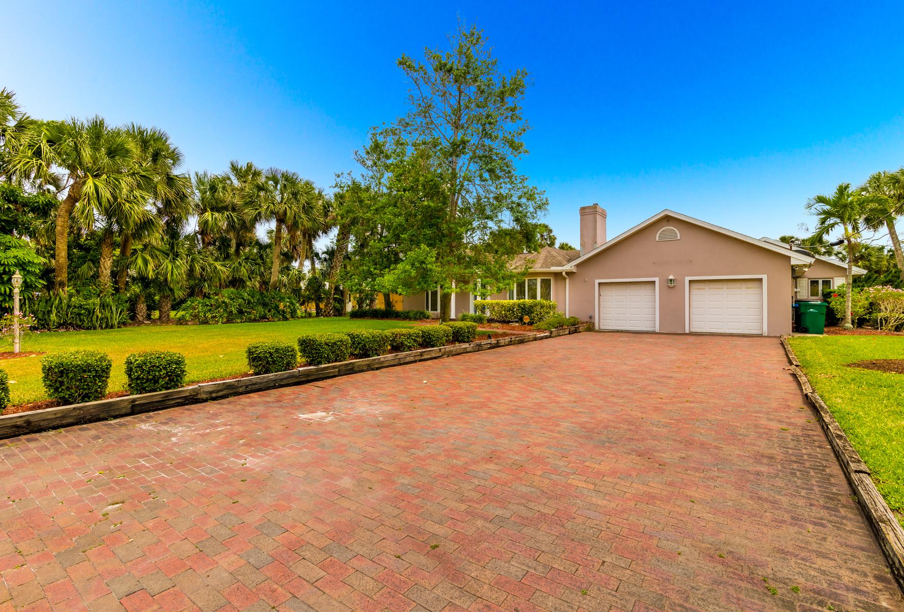 Amazing .75 acre property in the heart of Melbourne Beach 405 Sunset Boulevard Melbourne, Florida 32951 Amerika Birleşik Devletleri